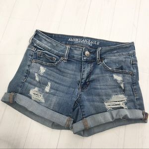 American Eagle • MIDI Super Super Stretch Shorts